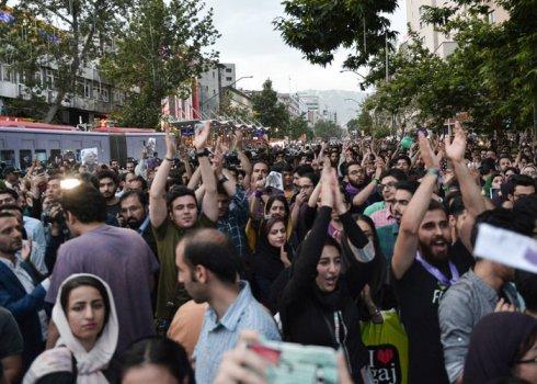 Güney Azərbaycan: Siyasi fəallıq Tehranı qorxuya salıb