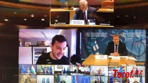 Jurnalist kodu sındırıb, qapalı keçirilən beynəlxalq konfransa qoşuldu – VİDEO