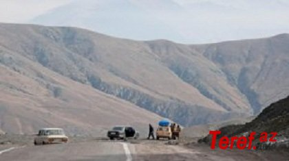 Silahsız azərbaycanlıların Xankəndinə gedən yolda görünməsi erməniləri qorxutdu