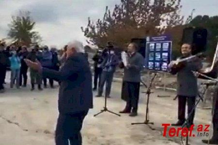 Mənsum İbrahimov oxudu, Aqil Abbas rəqs etdi (VİDEO)