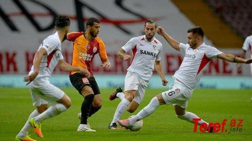 Türkiyə klubunun futbolçusu avtoqol vurub, komandadan ayrıldı