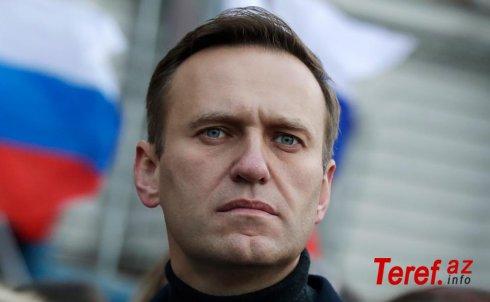 Navalnı Putinin evinə girmək istəyib: