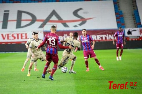 """Superliqada turun mərkəzi oyununda """"Fənərbaxça"""" """"Trabzonspor""""a qalib gəldi"""