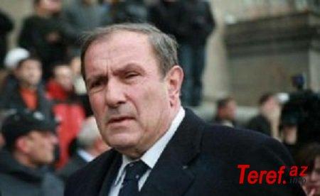 Levon Ter-Petrosyan Onik Qasparyanı dəstəklədi