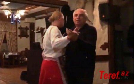 Hadı Rəcəblinin restoranında toy məclisi təşkil edilib,