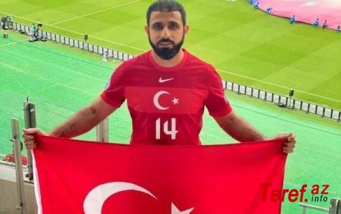 Rəşad Sadıqov oyuna Türkiyə millisinin forması ilə getdi