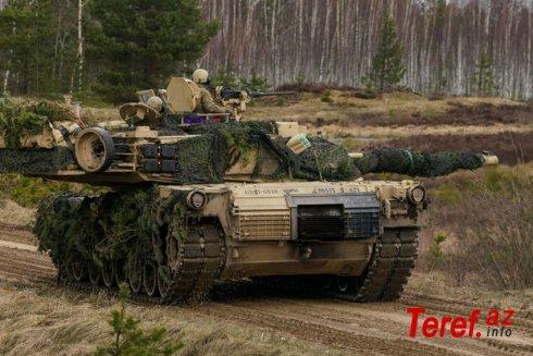 Polşa Belarusla sərhəddə 250 müasir tank yerləşdiriləcək
